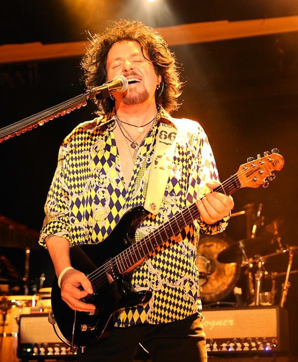 steve_lukather_bobbys_backing_track
